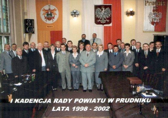 Zdjęcie przedstawiające Radę Powiatu I Kadencji 1998-2002